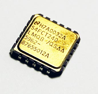 54FCT240LMQB/QS Octal Buffer IC National Semiconductor