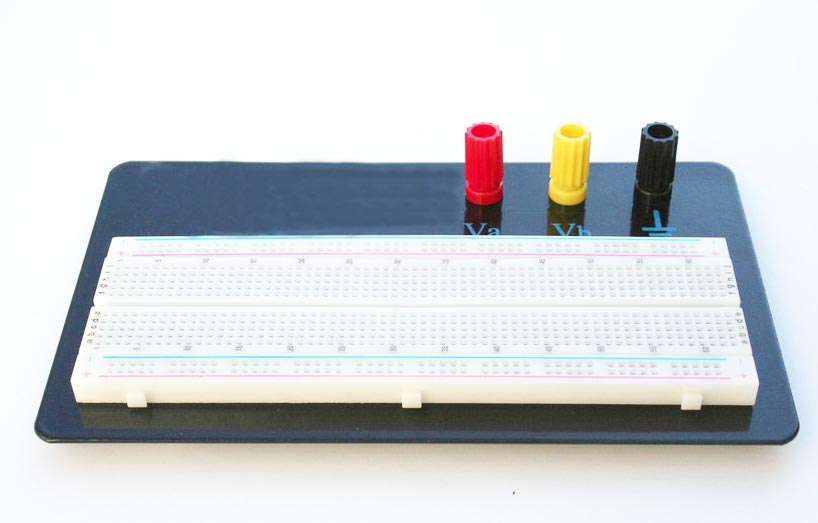 Solderless Breadboard Mounted with Binding Posts 630 Tie Points