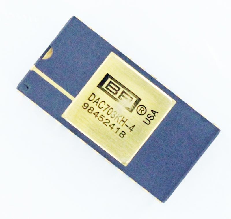 DAC703KH-4  Digital to Analog Converter IC Burr Brown