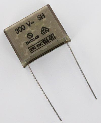 0.1uF 300VAC Y2 EMI Paper Suppression Capacitor PME271YD6100M Evox Rifa