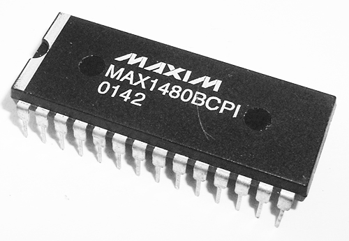 MAX1480BCPI RS422/RS485 Data Interface Transceiver IC Maxim