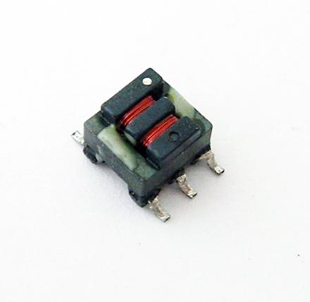 Q4470-B 400uH 5V Miniature SMT Transformer Coilcraft®