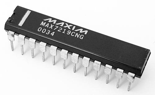 MAX7219CNG 8 Digit LED Display Driver IC Maxim
