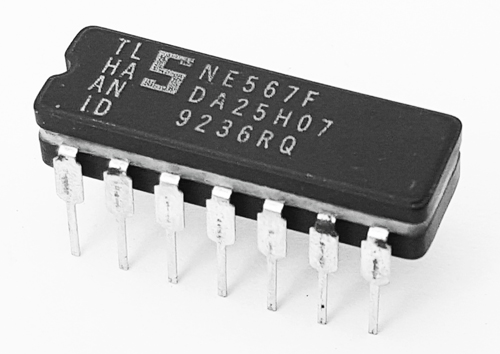 NE567F NE 567 F Tone Decoder Phase Locked Loop IC Signetics