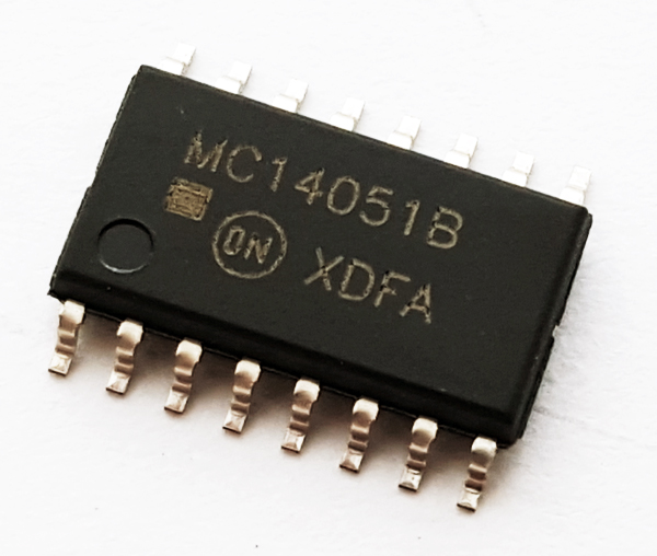 MC14051BFEL SMT 8-Channel Analog Multiplexer IC ON Semiconductor