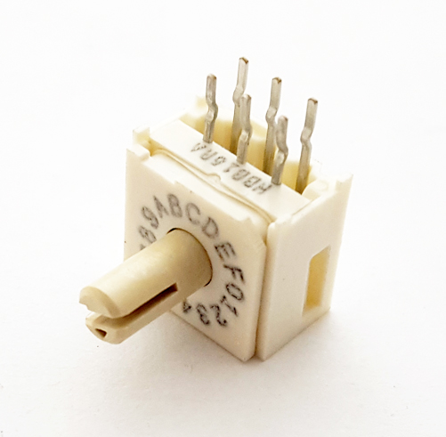 94HBB16RA Rotary Dip Switch 16 Position Right Angle Grayhill