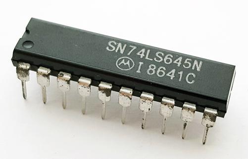 74LS645N SN74LS645N 20 Pin Dip Octal Bus Transceiver IC Motorola