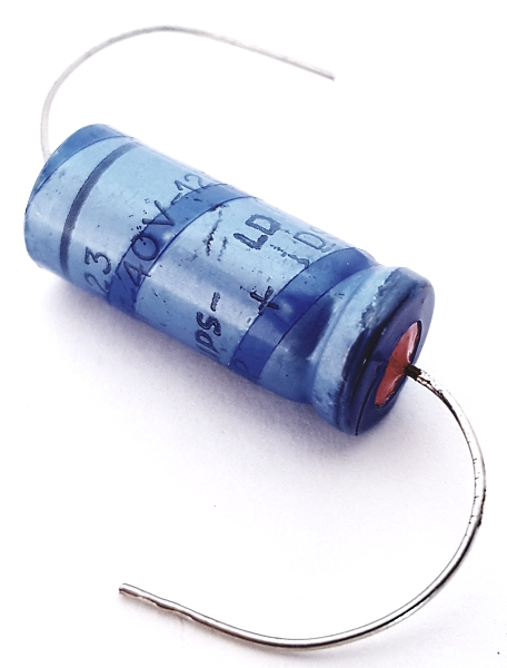 22uF 40V Solid Aluminum Electrolytic Capacitor Philips 2222-123-27229
