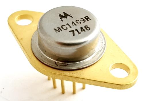 1469R MC1469R 2.5V to 32.0V Adjustable Voltage Regulator IC Motorola