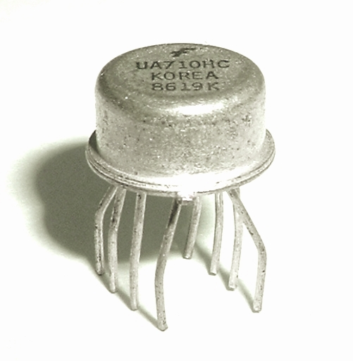 UA710HC Bipolar IC Voltage Comparator Vintage Fairchild