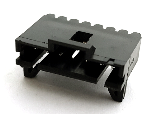 7 Position RA Shrouded Header Connector Assembly Tyco® 103672-6
