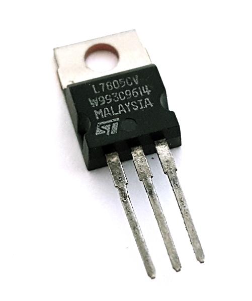 7805 L7805CV 1.5A 5V Positive Voltage Regulator